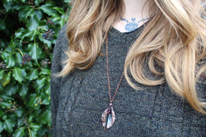 FLUID Handmade Copper Necklace with Garnet