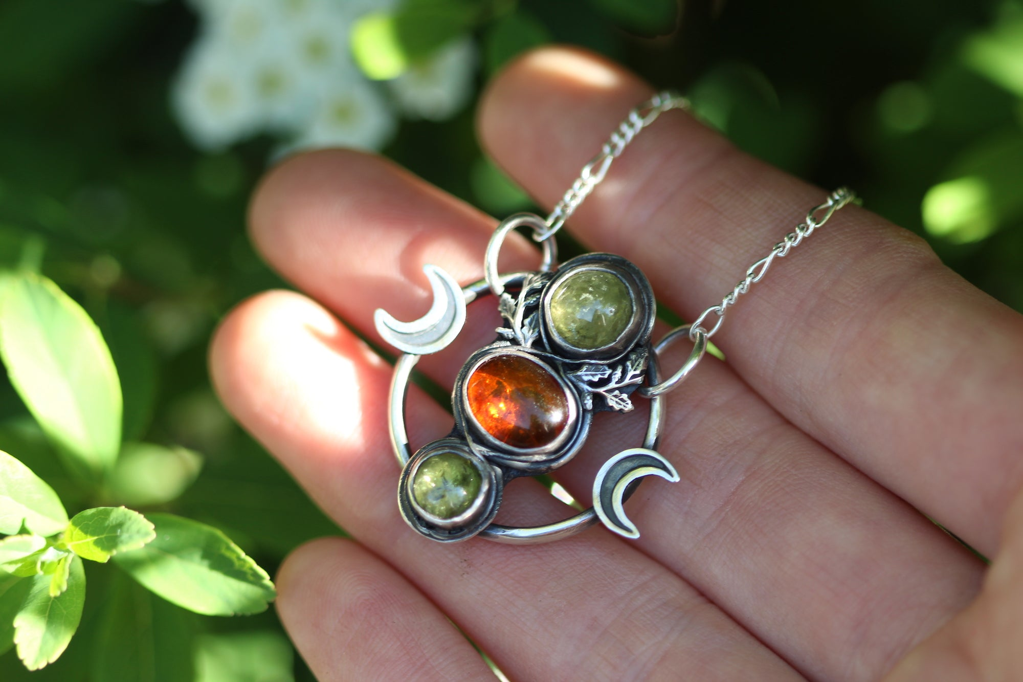 WILDWOODS Sterling Silver Necklace with Amber & Peridot