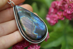 SHADOWPLAY Sterling Silver Necklace with Rainbow Labradorite