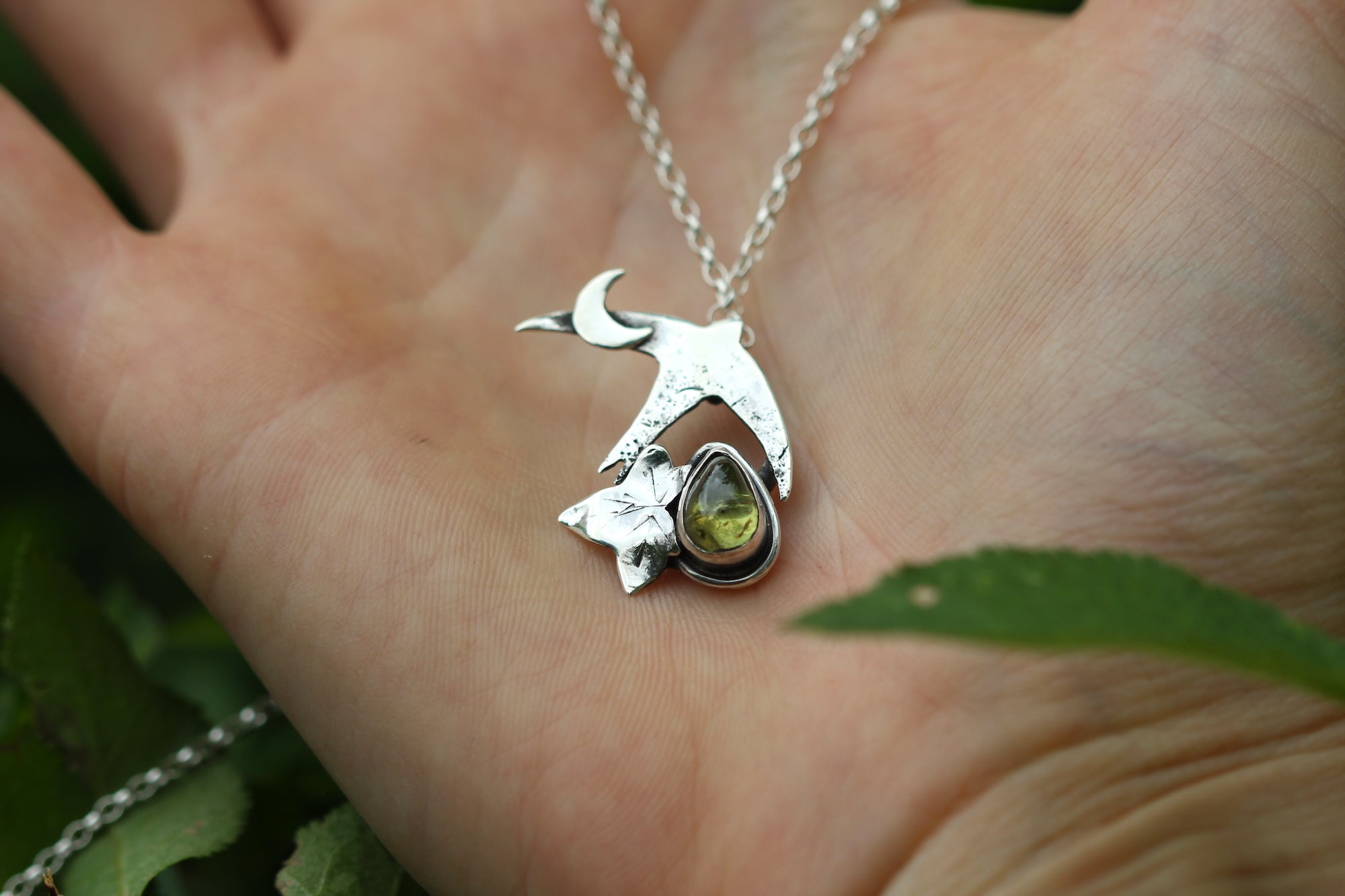 HEARTLANDS Sterling Silver Necklace with Peridot