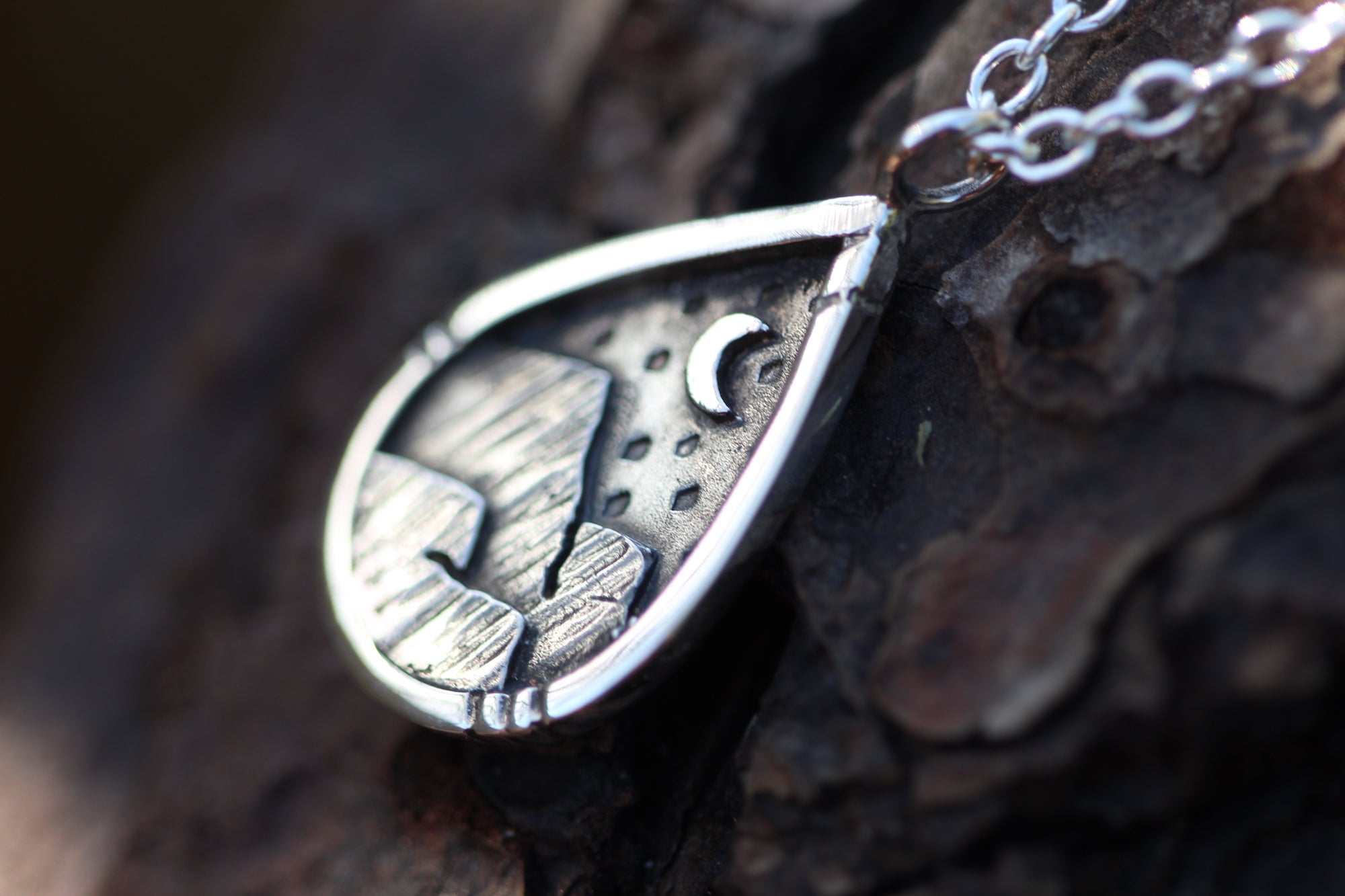 EXPLORE Sterling Silver Mountains Necklace