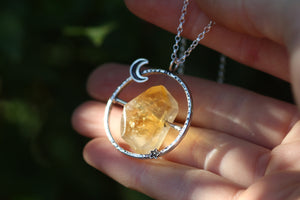 CHWARAE Sterling Silver Soothing Necklace with Citrine