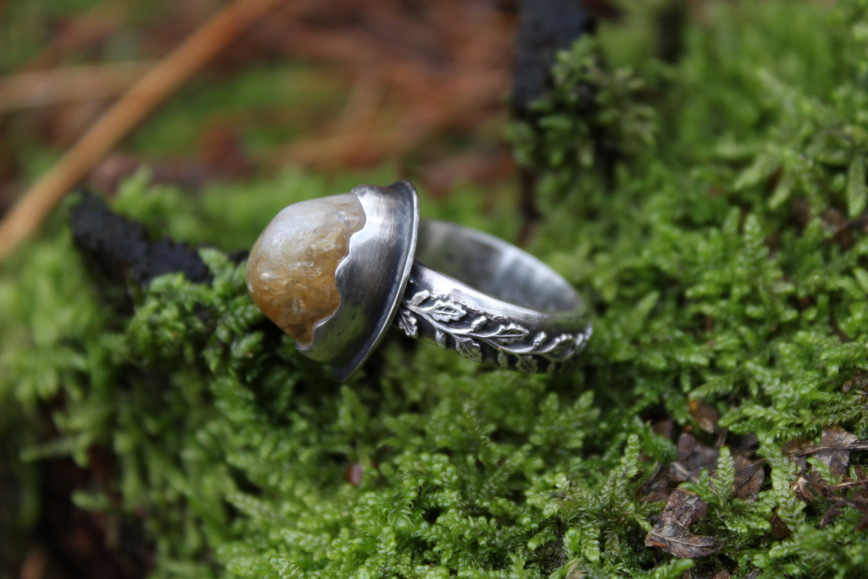 SOLAR MEDICINE Ring with Citrine Size P/7.5