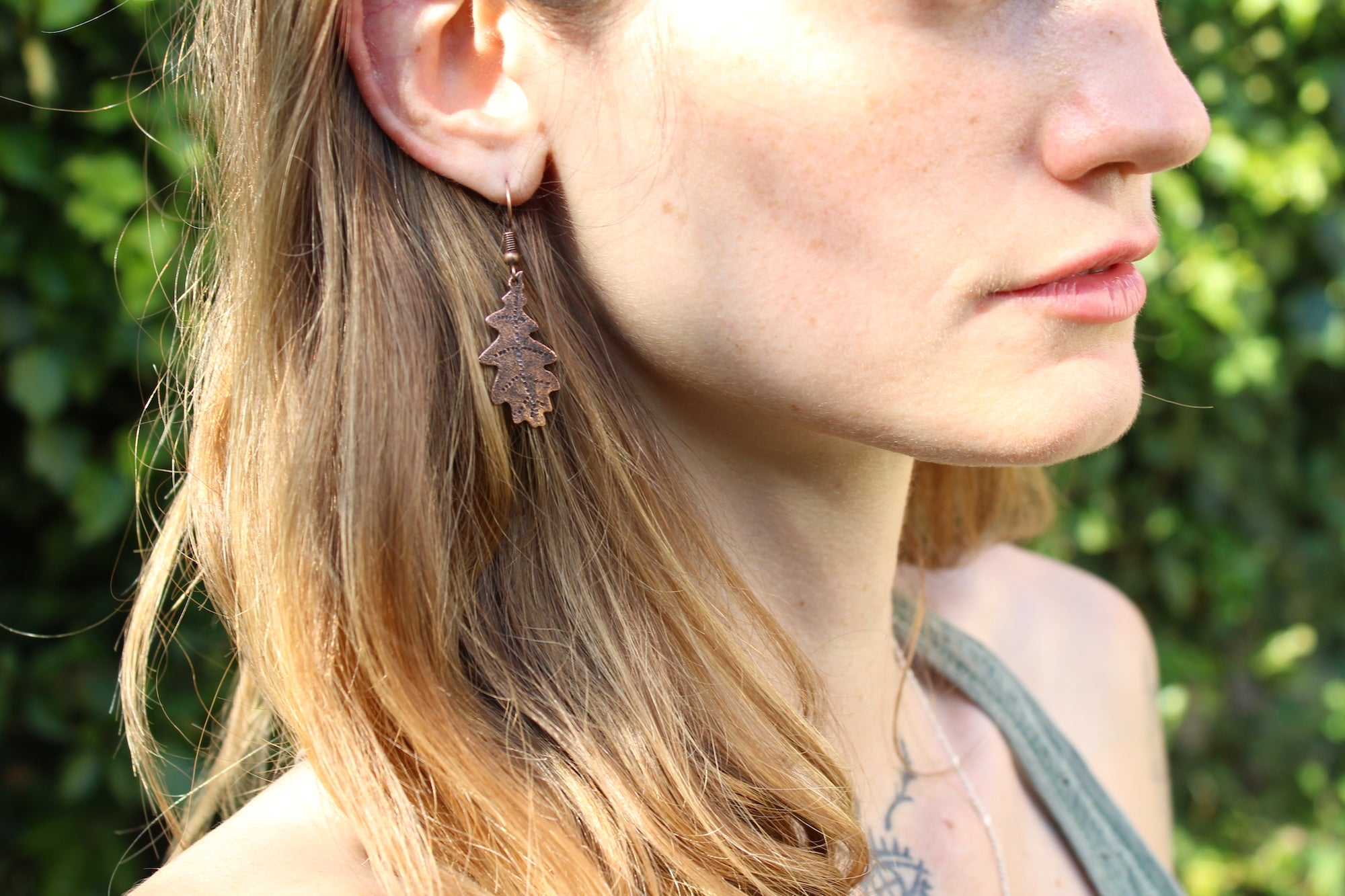 SKOGSRÅ Handmade Copper Oak Leaf Earrings