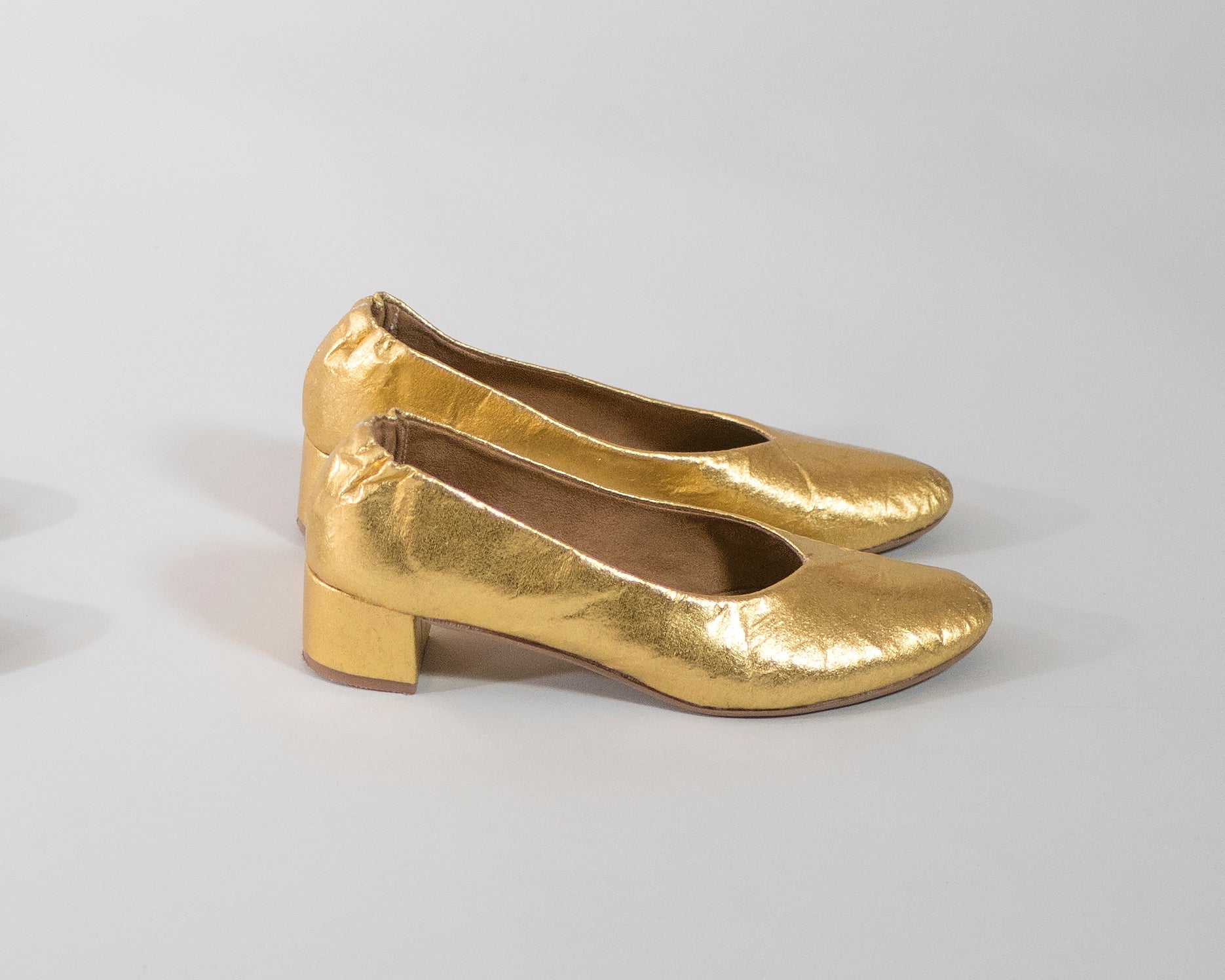 PRE-ORDER Holly [Low Heel Pump] Gold