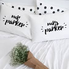 Custom Mr and Mrs Pillowcase Set - littleweddingstore.co.nz