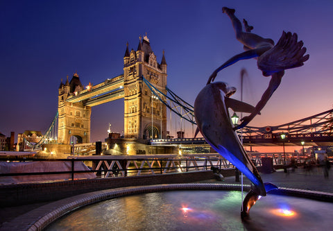 Statue of a dolphin and a girl with the London bridge at the background, for AutoBrush.