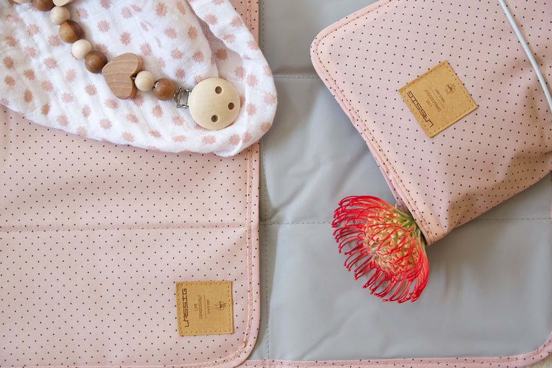 Windeltasche || Changing Pouch Dots Rose