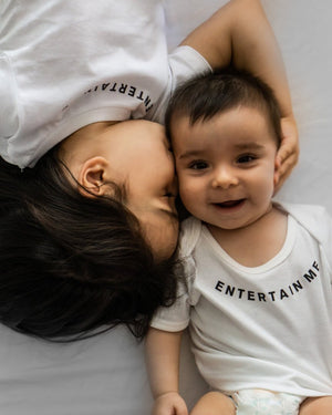 Entertain Me Baby T-Shirt (black)