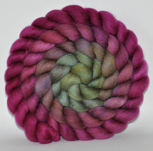 23.6 Micron Haunui New Zealand Halfbred/ A1+ Mulberry Silk 75/25 Blend -  5.39 oz  Christmas in CT  Combed Top