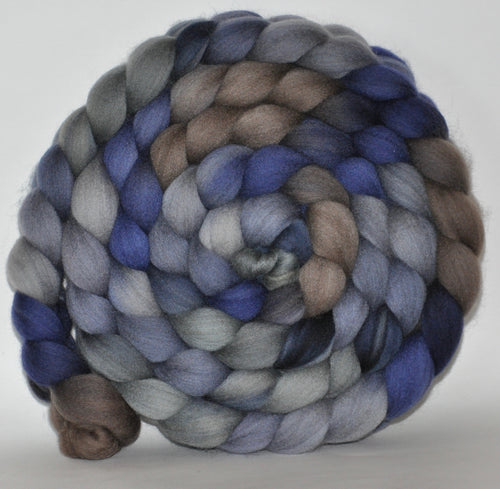 21.4 Micron Grey Hogget  Haunui NZ Halfbred  Roving Hand Dyed  5.2 ounces - Storm Combed Top