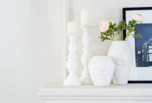 Load image into Gallery viewer, Bisou White Ceramic Lip Vases