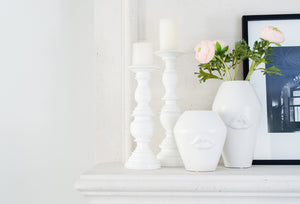 Bisou White Ceramic Lip Vases
