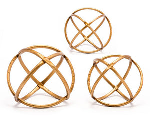 Quattro Set of 3 Gold Orbs