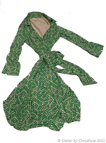 Green%20Wrap%20Dress[1]