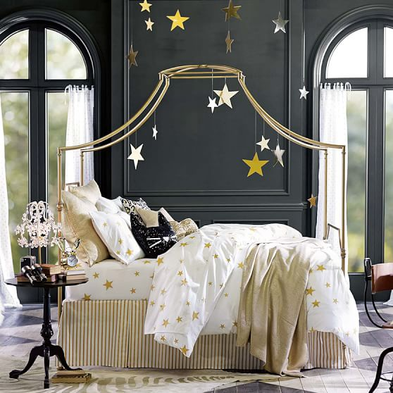 Maison-Canopy-bed-from-PB-Teen