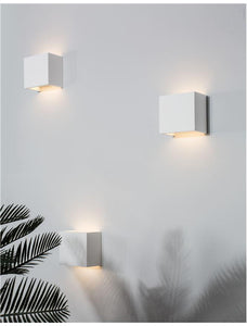 SAN Up & Down Light In White Gypsum - ID 10368