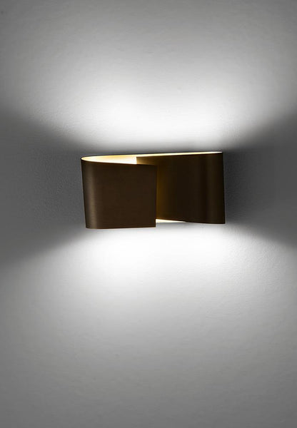 Filia S Wall Sconce in Hand-Brushed Old Bronze - ID 1588