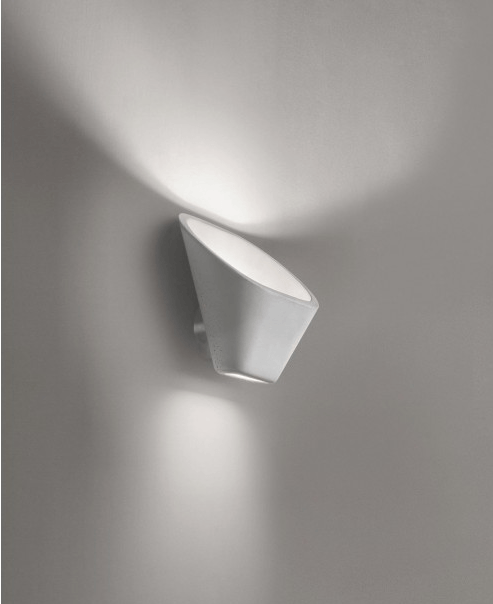 Foscarini Aplomb Wall White - London Lighting - 1