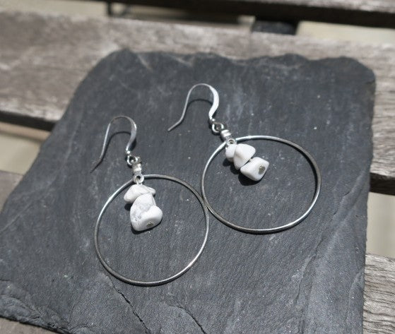 Howlite Chip Hoop Earrings (Various Colors Available)