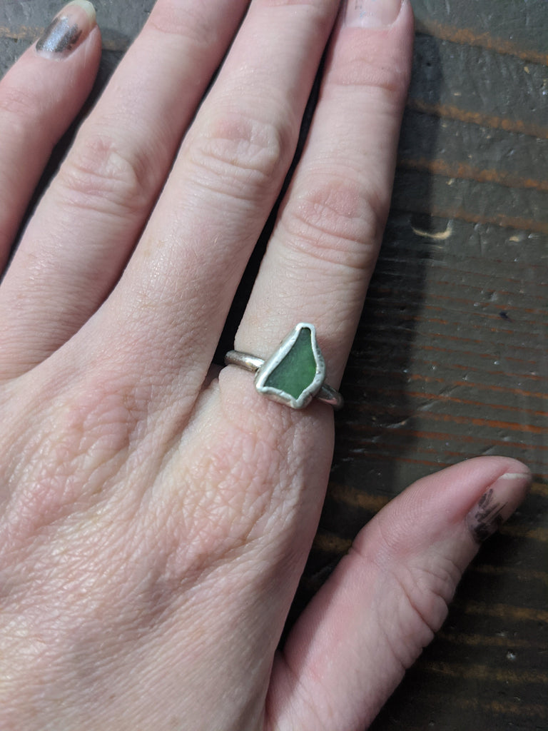 Green Seaglass Sterling Silver Ring - Size 7