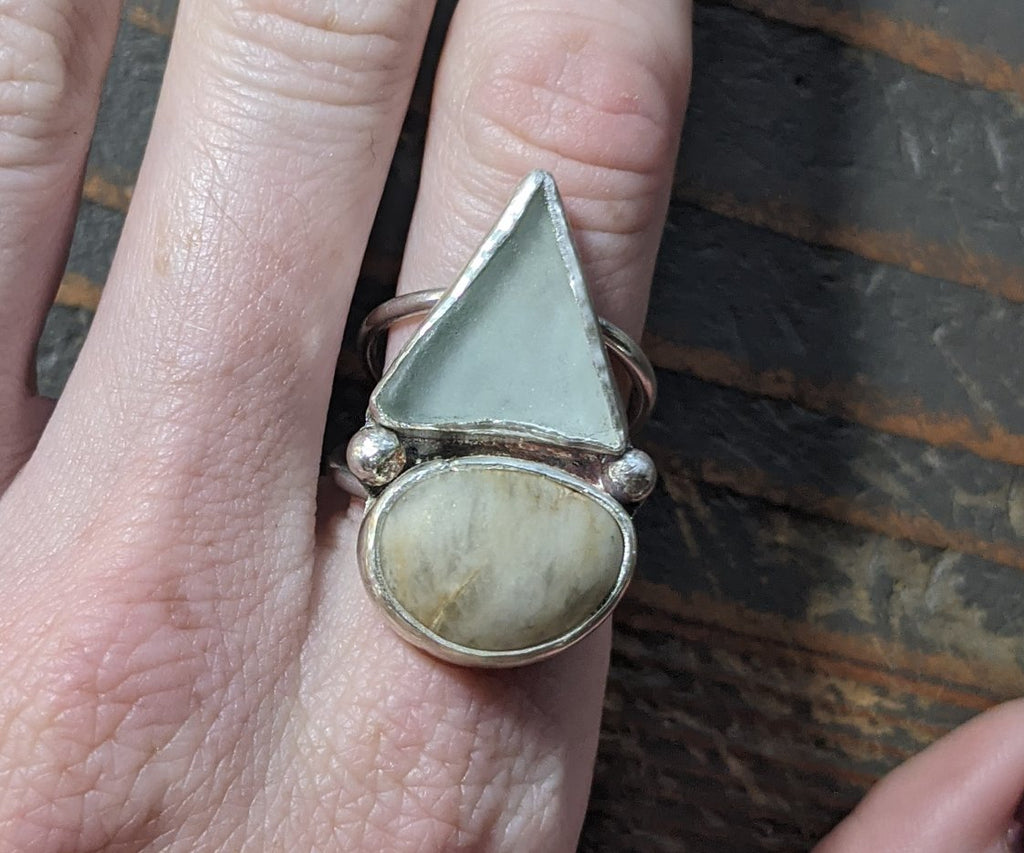Seaglass and Beach stone Silver Ring - Sz 7.75