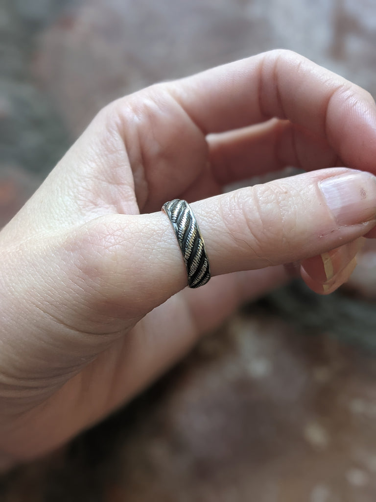 Diagonal Striped Design Band - MTO Any Size