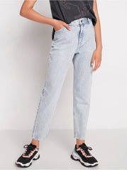 Narrow fit high waist cropped jeans