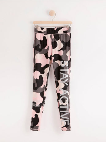 Activewear leggings med camouflage tryk