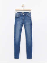 TOVA blå slim fit jeans