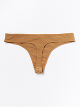Lav G-string med blonde