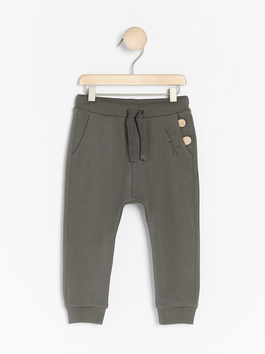 Sweatpants med print og applikation