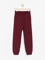 Sweatpants med knælap