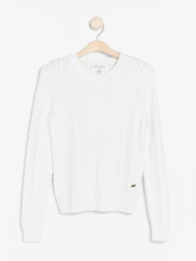 Kabelstrikket sweater