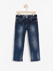 Regular fit jeans med straight leg