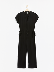 Sort jumpsuit i lyocell