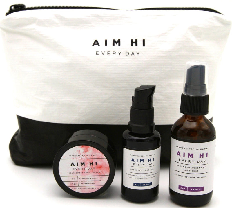Gift Set: Travel Beauty Bag