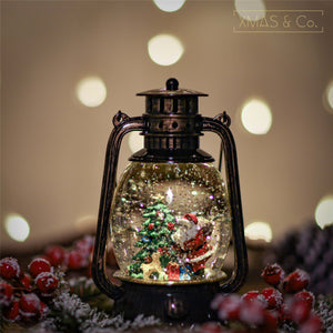 Open image in slideshow, Snowing Oil Lantern / Santa
