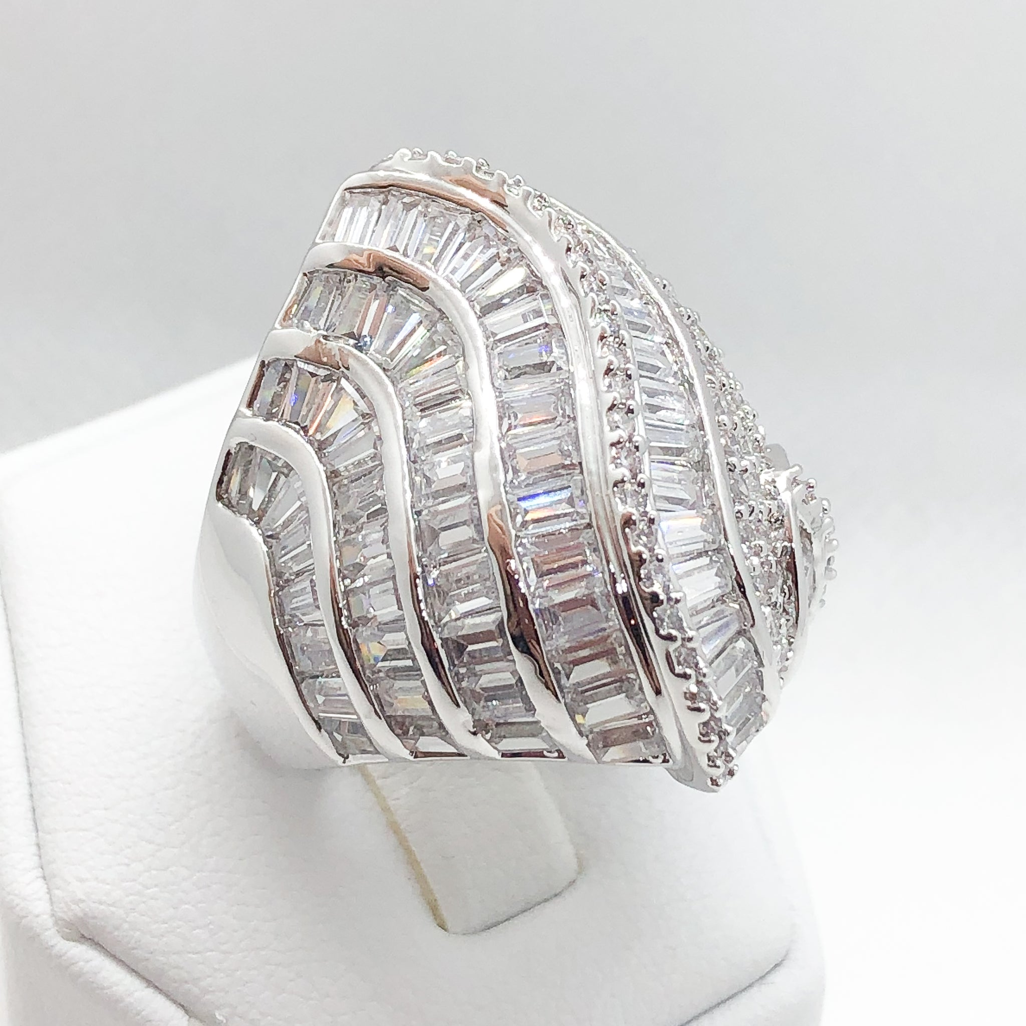 ID:R5478 Women 18K White Gold GF Fashion Jewelry Attention-Getting Unique Design Luxury Eternity Ring Anniversary Gift