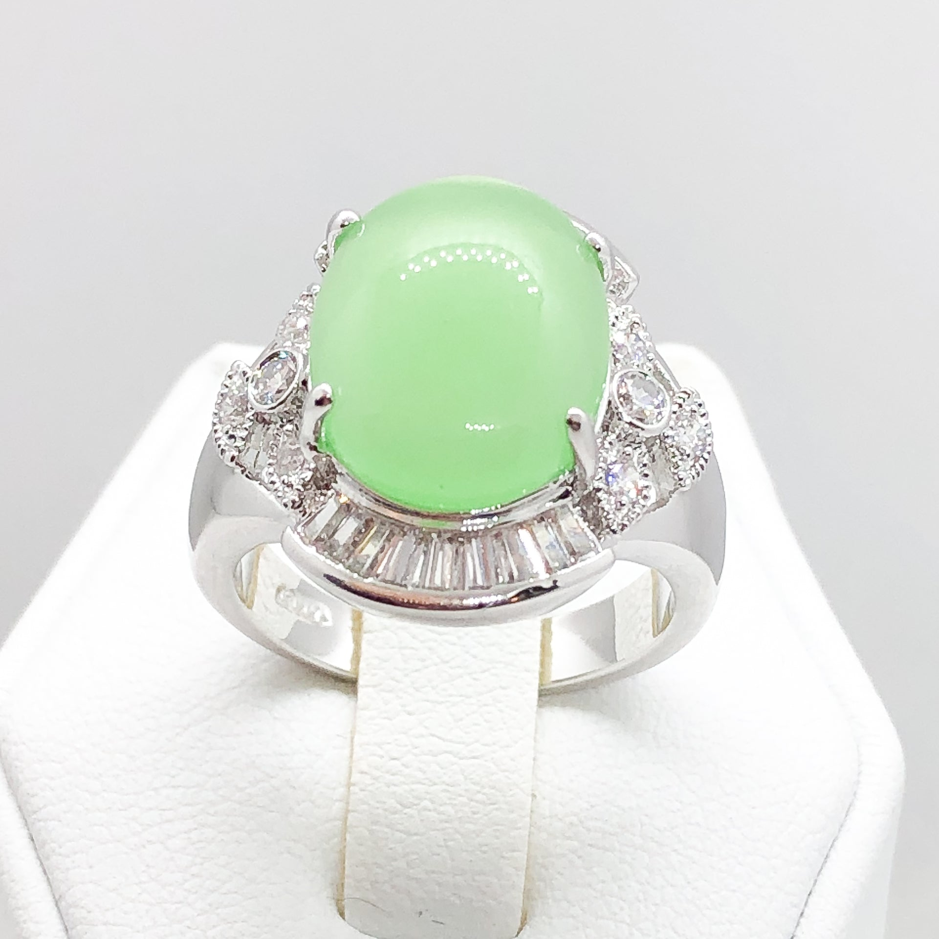 ID:R3698 Women Fashion Jewelry 18K White Gold GF Marvelous Jade Ring With Clear Diamonique Accent Comfort Daily-Wear