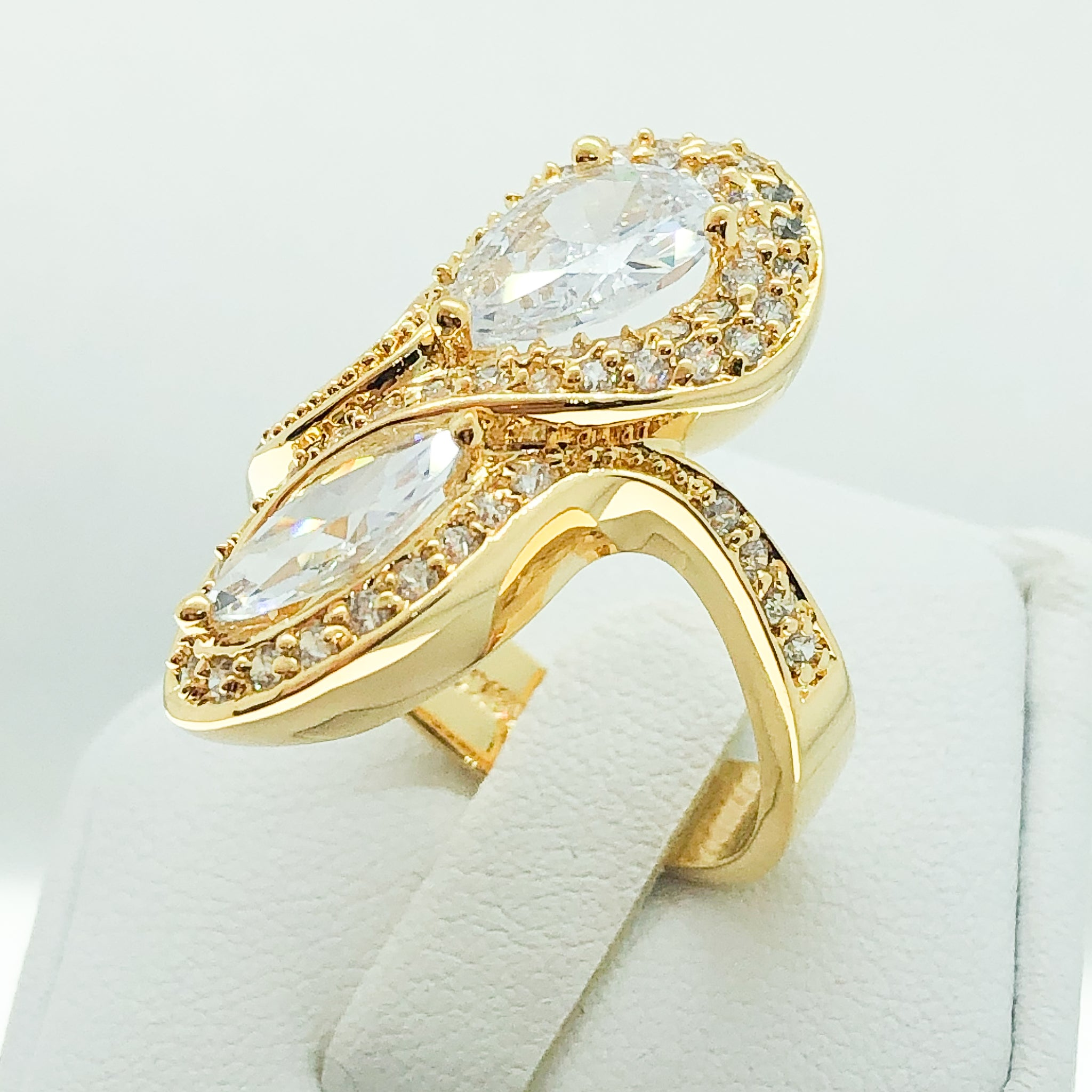 ID:R3533 Women Fashion Jewelry 18K Yellow Gold GF Lovely Cluster Diamonique Cocktail Ring Statement Anniversary Gift