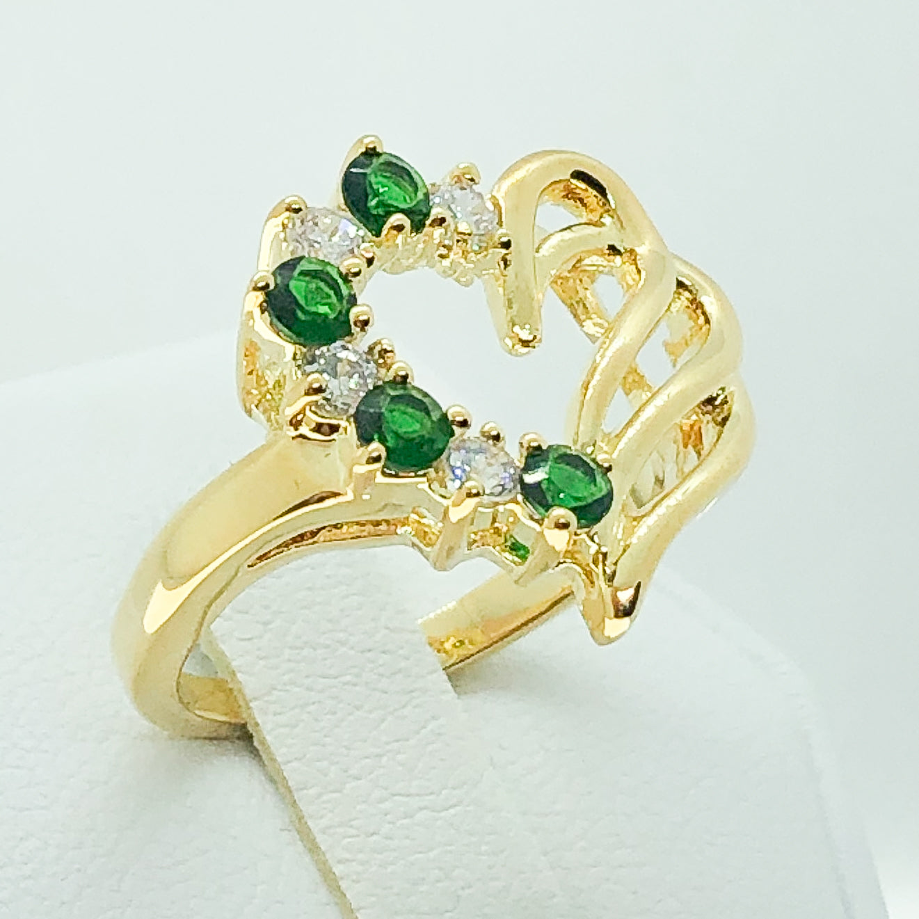 ID:R2240 Women Fashion Jewelry 18K Yellow Gold GF Unique Heart Design Green and Clear Crystal Cocktail Ring