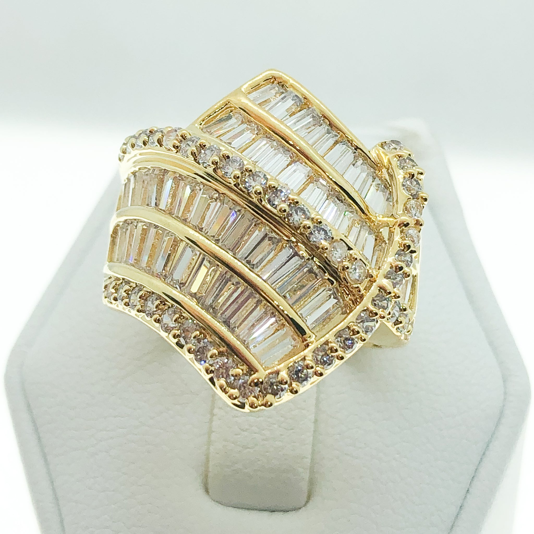 ID:R2773 Women Vintage Jewelry 18K Yellow Gold GF Nice-Looking Handmade Engagement Promise Anniversary Diamonique Ring