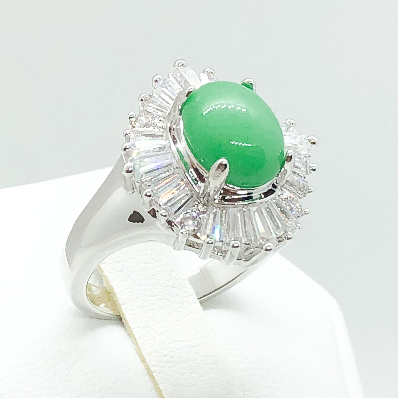 ID:R2955 Women Vintage Jewelry 18K White Gold GF Jade Cocktail Ring With Clear Crystal Accent Comfortable Daily Wear
