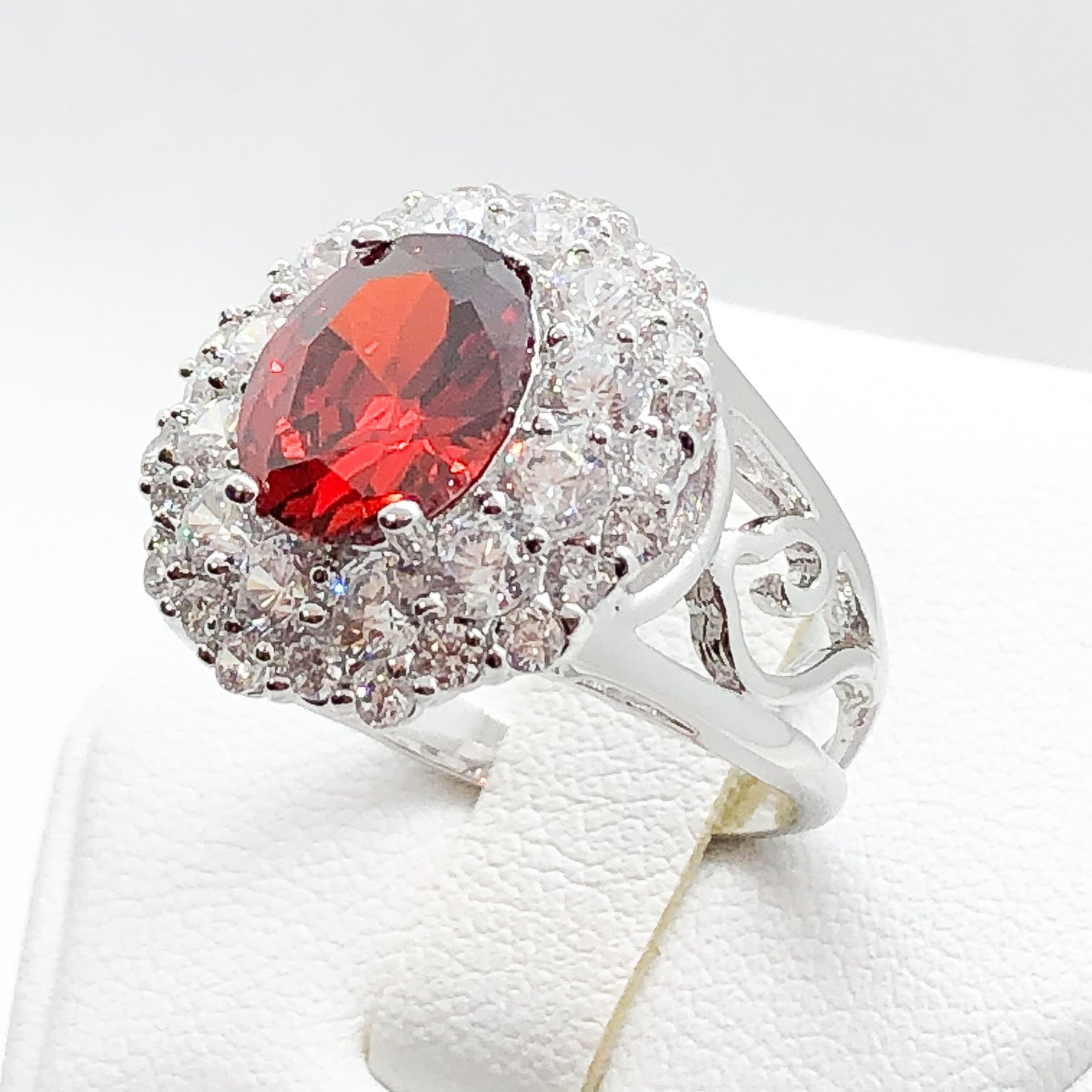 ID:R0345 Women Vintage Jewelry 18K White Gold GF Attractive Ruby Cocktail Ring With Clear Crystal Accent Anniversary Birthday Gift