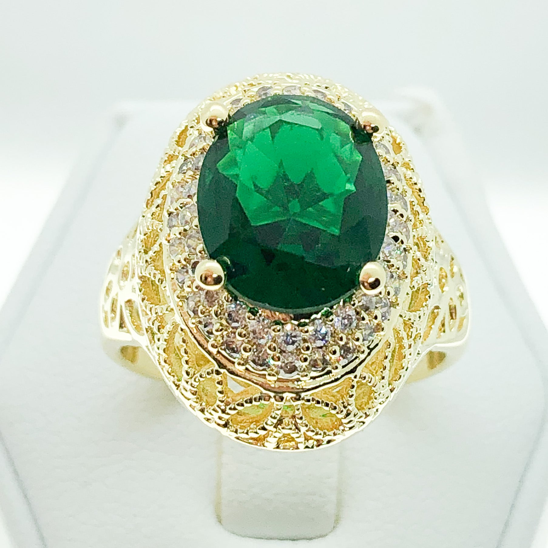 ID:R7014 Women 18K Yellow Gold GF Vintage Jewelry Solitaire Emerald Ring with Clear Stones Accent