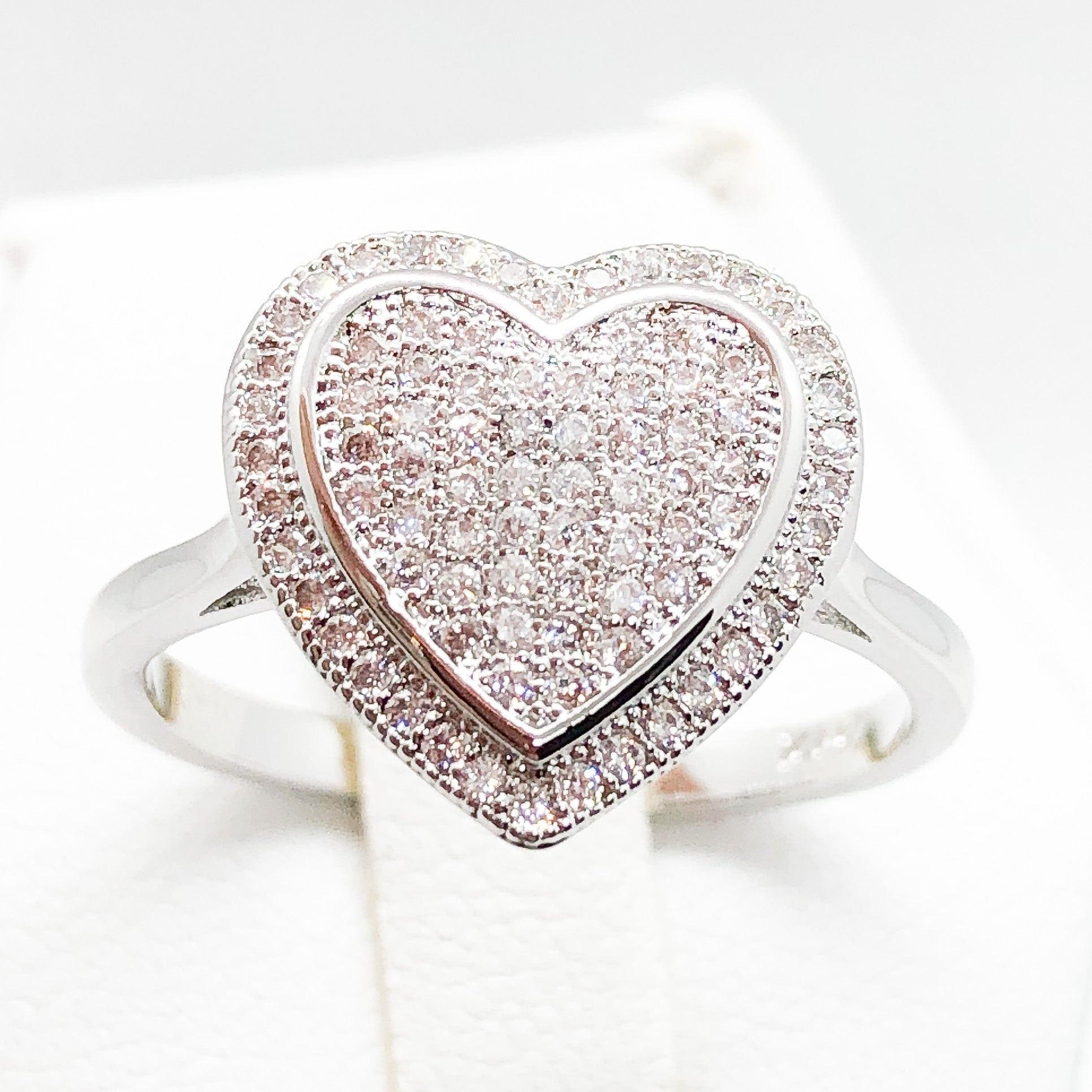 ID:R6407 Women 18K White Gold GF Fashion Jewelry Heart Design Clear Gemstone Engagement Promise Ring