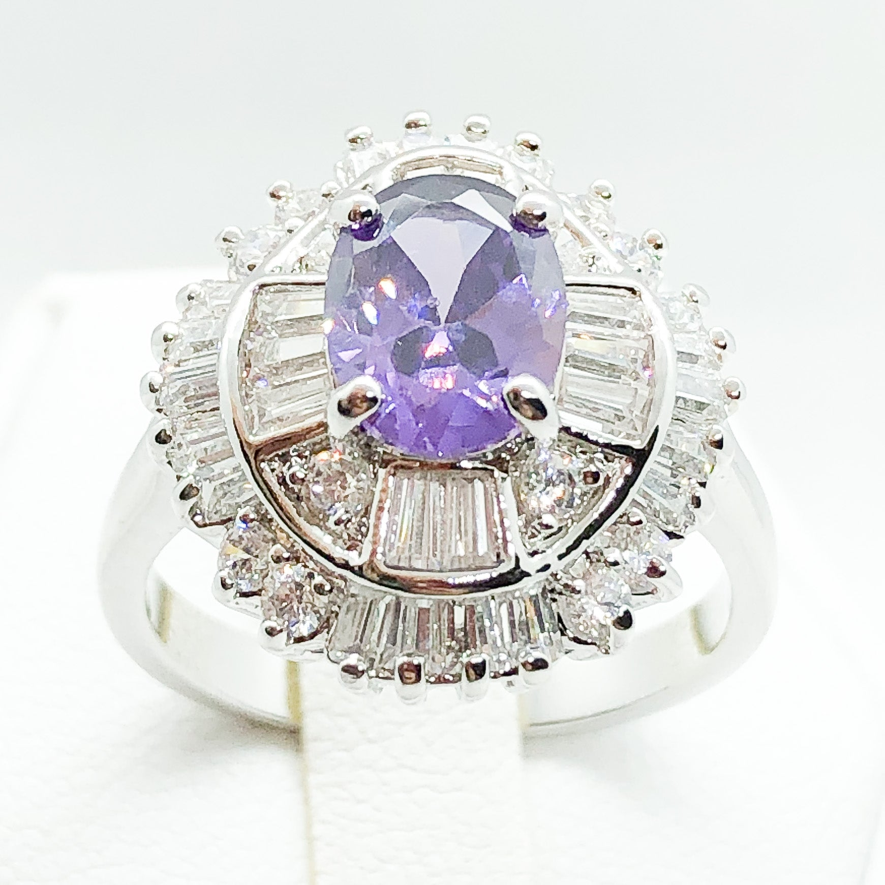 ID:R4801 Women 18K White Gold GF Fashion Jewelry Amethyst Ring With Clear Gemstone Accent Anniversary Gift
