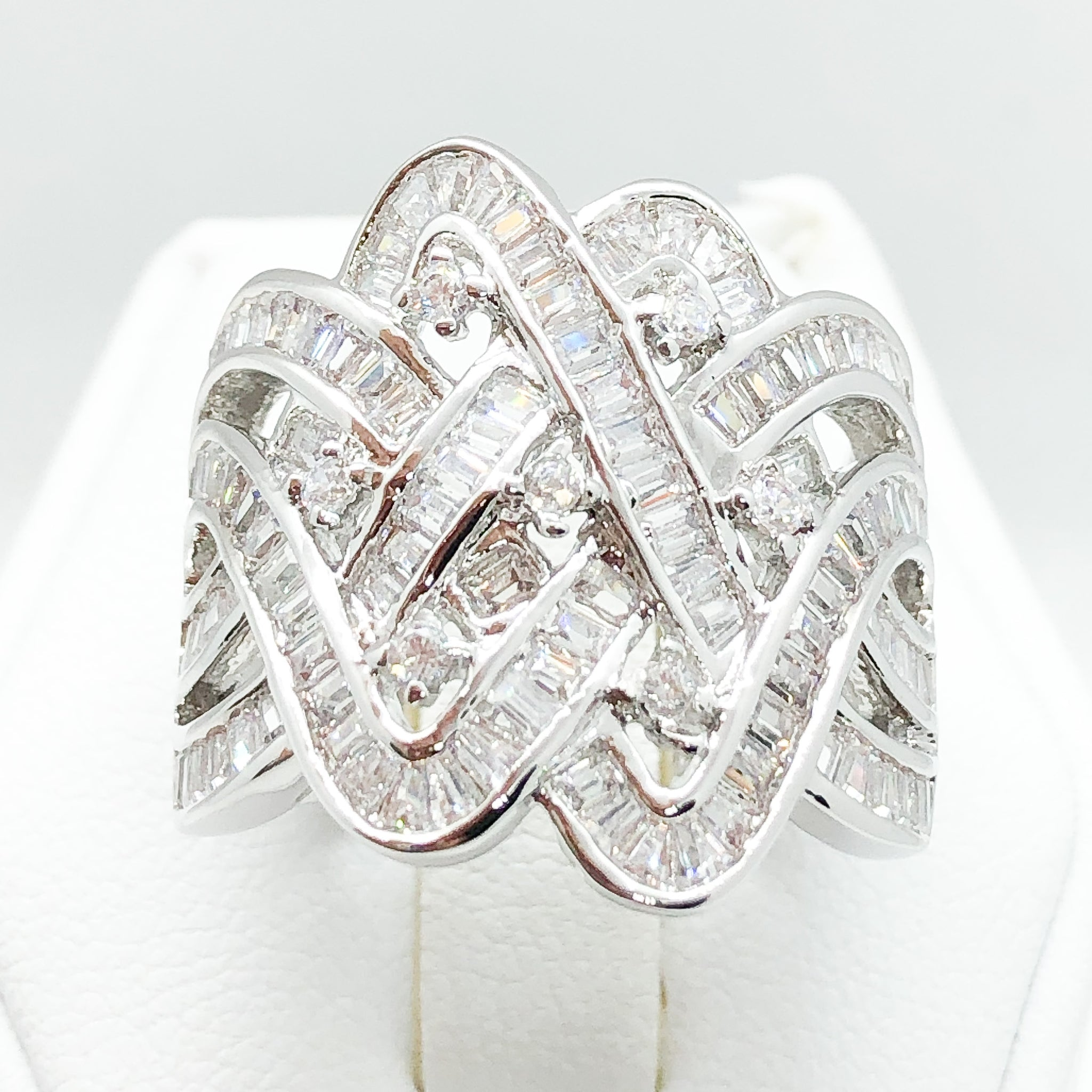 ID:R4158 Women 18K White Gold GF Fashion Jewelry Unique Design Sparkly Crystal Cluster Promise Wedding Ring