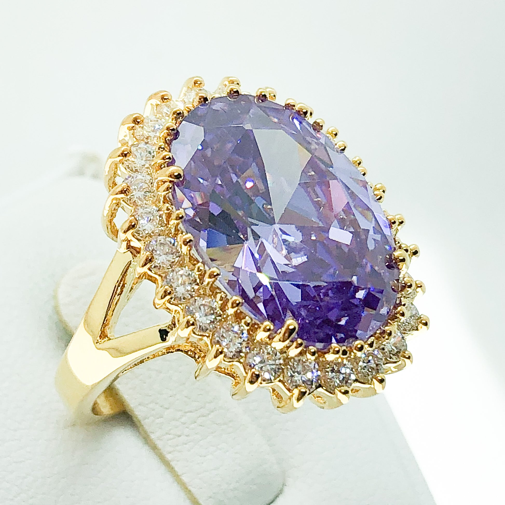 ID:R4089 Women Vintage Jewelry 18K Yellow Gold GF Big Oval Amethyst Cluster Cocktail Ring Anniversary Gift